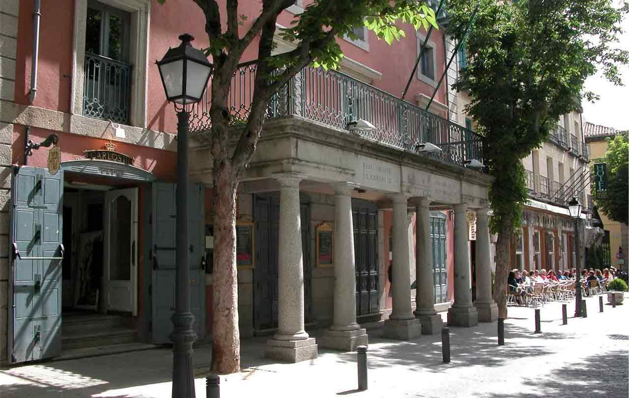 Taxi Teatro Real Coliseo de Carlos III